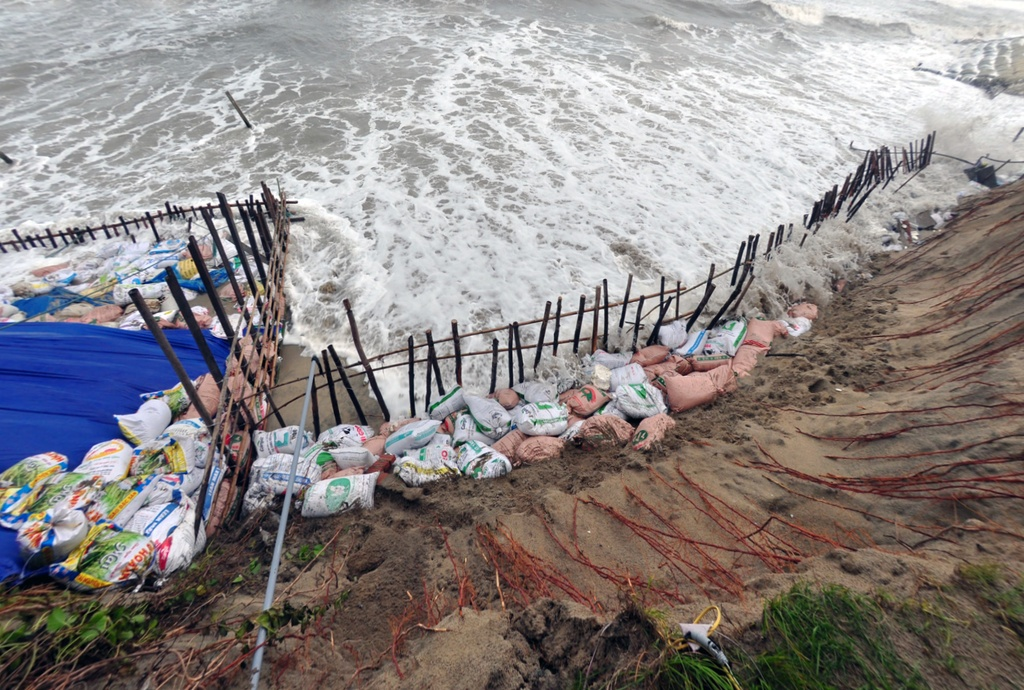 Hoi An coast threatened by erosion: in pictures