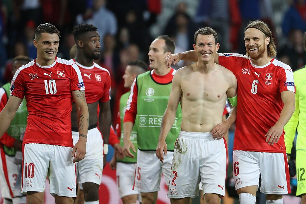 16 anh tai lot vao vong knock-out Euro 2016 hinh anh 2