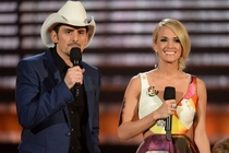 Carrie Underwood, Brad Paisley thang kien dao nhac hinh anh