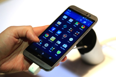 HTC va nguy co sup do day chuyen cua dien thoai Android hinh anh