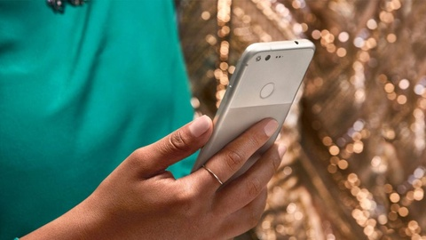 Google Pixel lo dien hoan toan truoc gio ra mat hinh anh