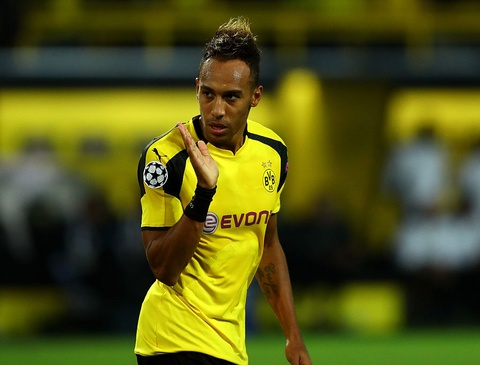Som muon Aubameyang cung den Real Madrid hinh anh