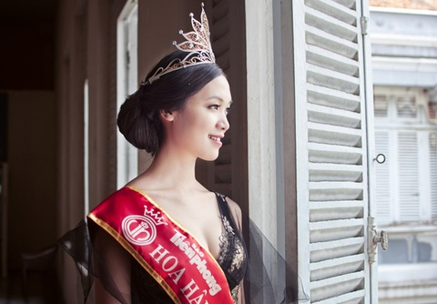 Thuy Dung lam vedette BST cua Hoang Hai tai Anh hinh anh