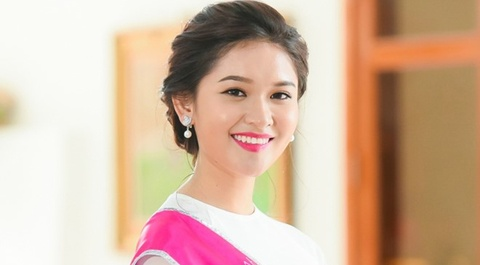 A hau Thuy Dung tiet lo ve cach song bat thuong hinh anh