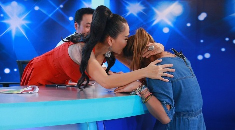 Co gai Philippines gay an tuong o Vietnam Idol hinh anh