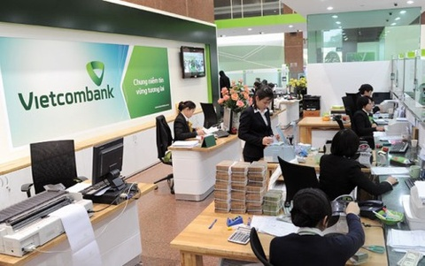 Vietcombank chi hon 9.000 ty dong tra co phieu thuong hinh anh
