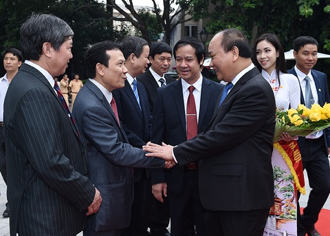 Thuoc do giao duc DH la sinh vien khoi nghiep thanh cong hinh anh