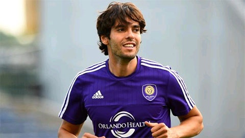 Arsenal vs MLS All- Stars (0-0, H1): Kaka, Pirlo da chinh hinh anh