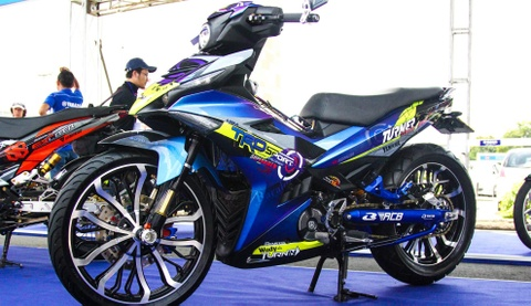 Exciter 150 gan loat do choi hang hieu cua biker Can Tho hinh anh
