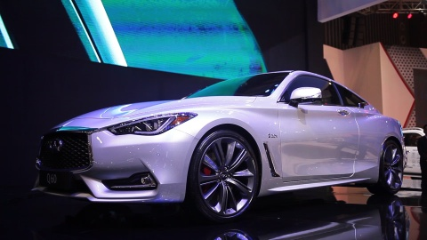 Chi tiet xe coupe the thao Infiniti Q60 dau tien tai VN hinh anh