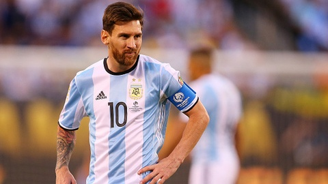 Chile vs Argentina (0-0, H2): Messi mo nhat hinh anh