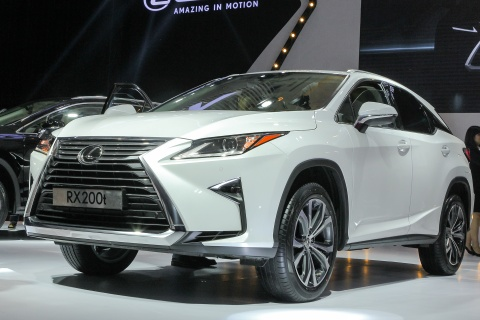 Can canh Lexus RX200t 2016 gia hon 3 ty tai Viet Nam hinh anh