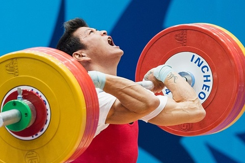 Thach Kim Tuan tai phat chan thuong truoc Olympic hinh anh