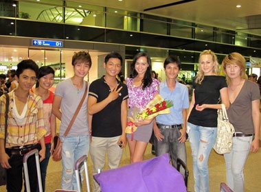 Thuy Vy len duong di thi Miss World hinh anh