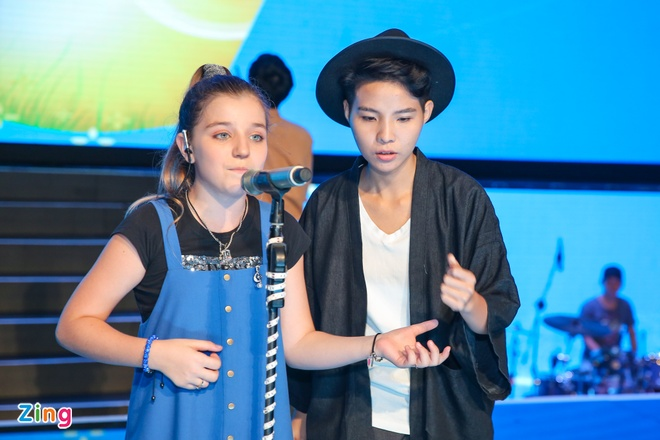 Thi sinh The Voice Kids met moi tap luyen cho dem chung ket hinh anh 6