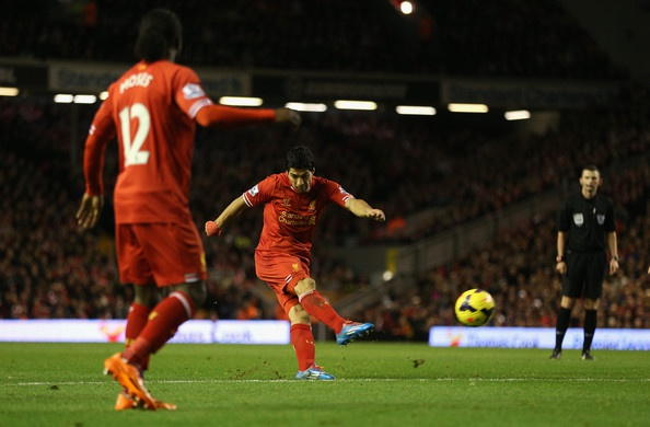Liverpool 3–1 Cardiff: Suarez lap ky luc ghi ban hinh anh 3