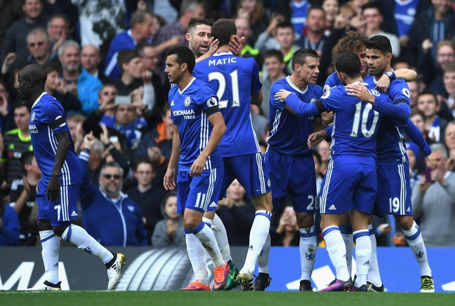 Chelsea 3-0 Leicester: Giai nguy cho Antonio Conte hinh anh 23