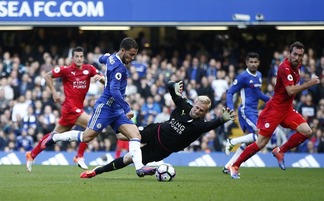 Chelsea 3-0 Leicester: Giai nguy cho Antonio Conte hinh anh 19