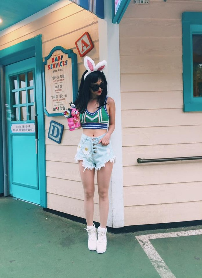 Si Thanh goi y cach mix ao crop top hinh anh 15