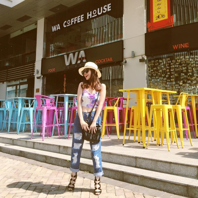 Si Thanh goi y cach mix ao crop top hinh anh 9