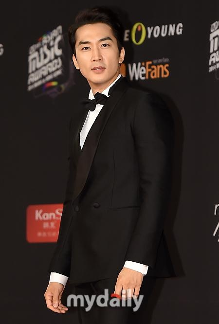 Song Seung Hun.