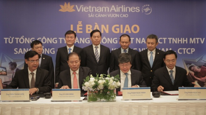 Vietnam Airlines chinh thuc chuyen thanh cong ty co phan hinh anh 1