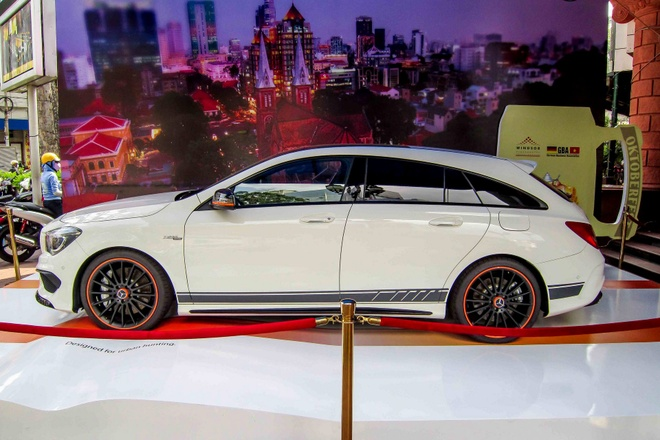 Mercedes CLA 45 AMG Shooting Brake gia 24 ty dong