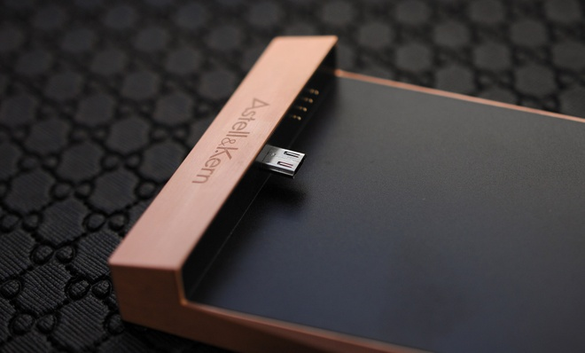 May nghe nhac Astell & Kern 380 Copper gia 112 trieu ve VN hinh anh 9