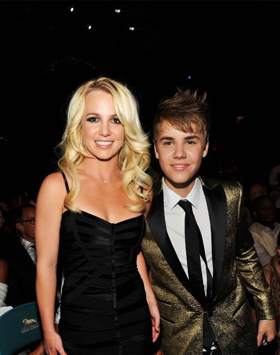 Justin Bieber xuat hien trong album cua Britney Spears? hinh anh 1