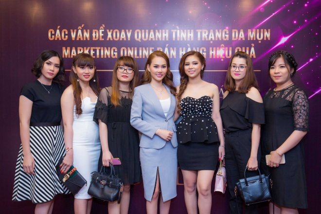 Cong ty my pham Luxury Girl to chuc hoi nghi dao tao dai ly hinh anh 3