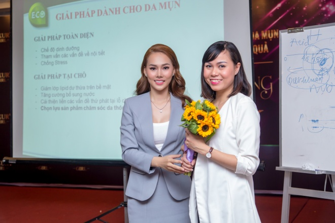 Cong ty my pham Luxury Girl to chuc hoi nghi dao tao dai ly hinh anh 5