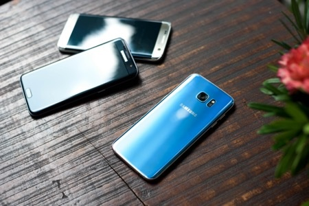 Samsung ky vong vao S7 Blue Coral dip cuoi nam hinh anh 3