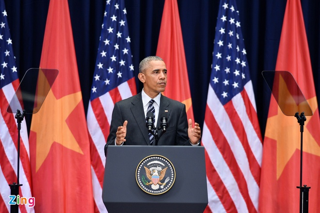 Cong nghe giup Obama dien thuyet khong can nhin giay hinh anh 1