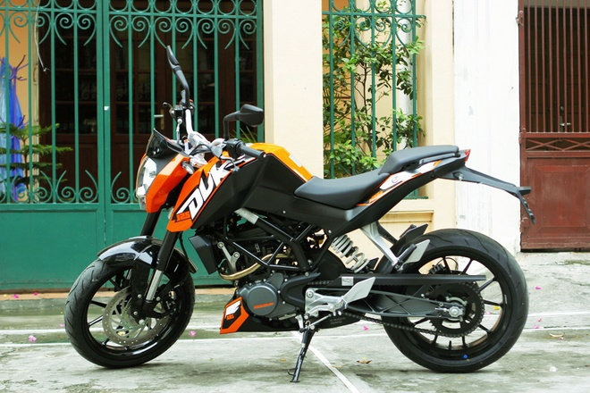 KTM Duke 125 ABS 2013 dep