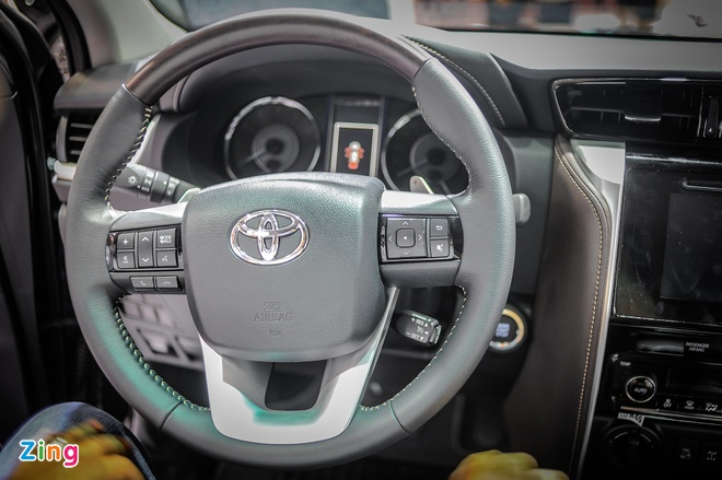 Chi tiet Toyota Fortuner 2017: Them nhieu cong nghe an toan hinh anh 9