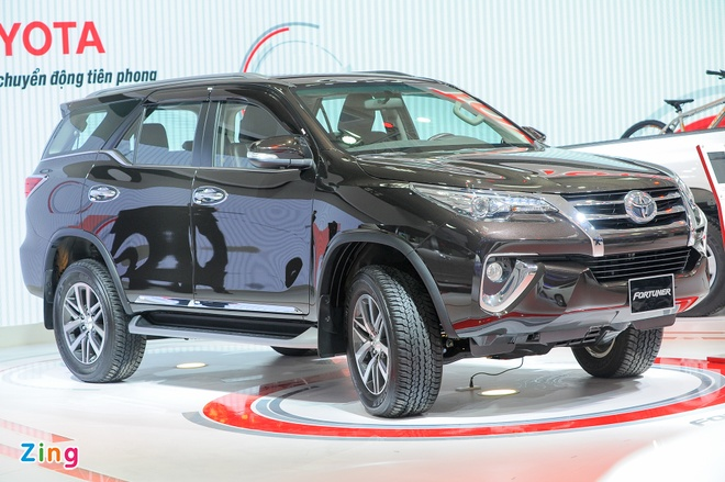 Chi tiet Toyota Fortuner 2017: Them nhieu cong nghe an toan hinh anh 1