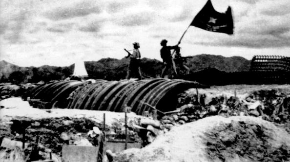 dien bien phu battle vn In the trenches how dien bien phu led to america's war in vietnam in 1953, a hard fought battle between french and vietnamese forces finished off france as a colonial power and eerily presaged.
